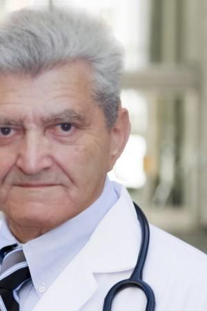 Professor-Robert-Feigin